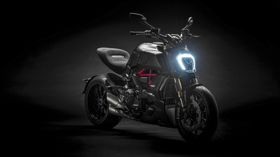 diavel-1260-s-my19-06-gallery-1920x1080.jpg