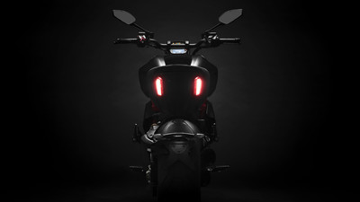 diavel-1260-s-my19-07-gallery-1920x1080.jpg