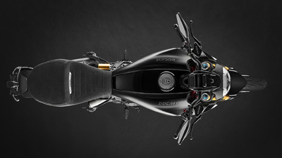 diavel-1260-s-my19-01-gallery-1920x1080.jpg