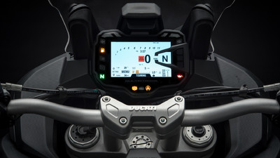 multistrada-1260-my18-black-14-slider-gallery-1920x1080.jpg