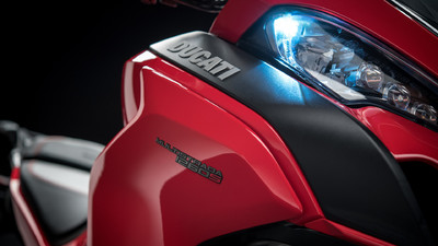 multistrada-1260-my18-red-10-slider-gallery-1920x1080.jpg